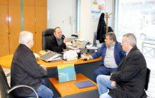 Επιτροπή με επικεφαλής τον Δήμαρχο Πύλης στο υποκατάστημα της ΕΤΕ Πύλης