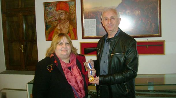 Στο Μαυρομμάτι η γνωστή αρχαιολόγος κ. Κατερίνα Περιστέρη