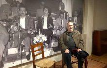 Ο Κώστας Τσιάνος συναντά τον Βασίλη Τσιτσάνη