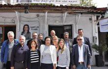 Αναστάσιμες ευχές από την υποψήφια Δήμαρχο Μουζακίου Παρασκευή Ντούρβα