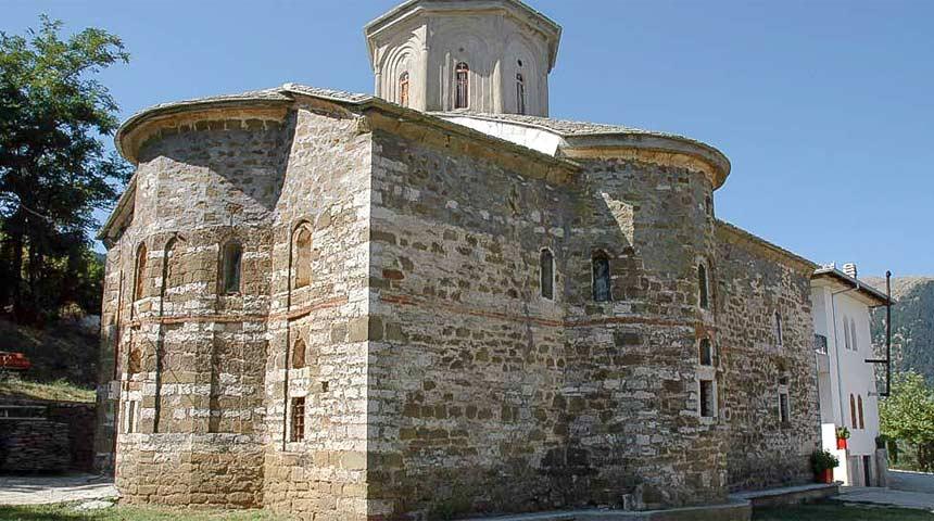 Ιερά Μονή Αγίας Τριάδας Δρακότρυπας