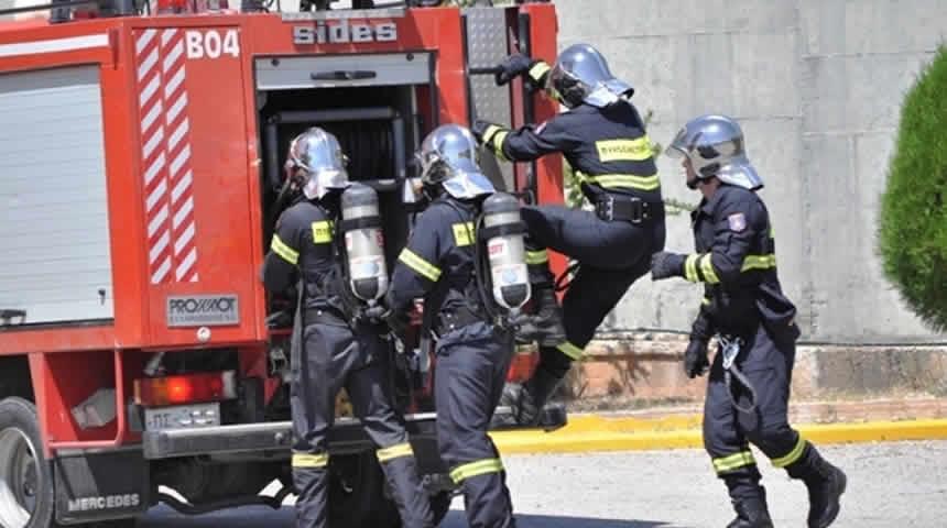 Έγκριση πρόσληψης 1.500 Πυροσβεστών εποχικής απασχόλησης