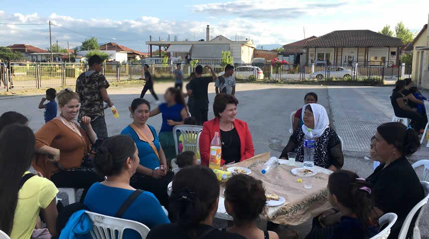 Χρ. Κατσαβριά: Ο ΣΥΡΙΖΑ προωθεί και εφαρμόζει μια ολιστική πολιτική κοινωνικής ένταξης των Ρομά