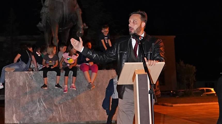 Σε λίγη ώρα η κεντρική ομιλία του Θανάση Καρύδα στο Μουζάκι