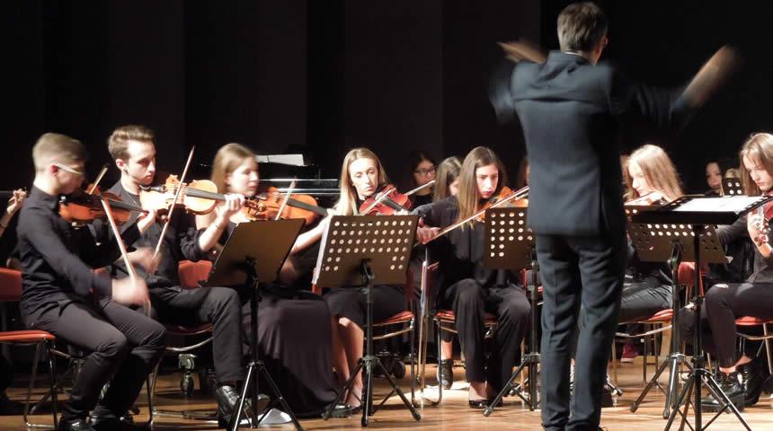Τρίκαλα: Συναυλία της Συμφωνικής Ορχήστρας Νέων με κλασσικά αλλά και rock κομμάτια