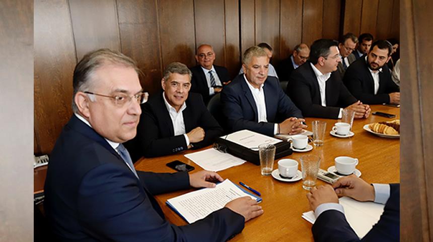 Συνάντηση εκλεγέντων Περιφερειαρχών με τον Υπ. Εσωτερικών Τ.Θεοδωρικάκο