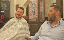 Γιάννης Μπουρούσης - Γιώργος Τσιαμούρας..Το ραντεβού στο μπαρμπέρικο και το ξύρισμα που έγινε… κέρασμα!
