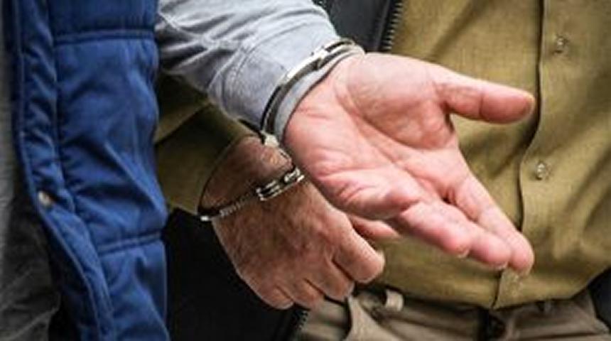 Συνελήφθη 29χρονος για το αδίκημα της απόδρασης κρατουμένου.