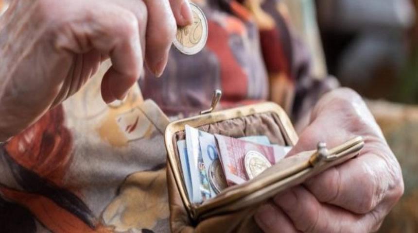 Αυξήσεις σε μισθούς και συντάξεις με την μείωση των φορολογικών συντελεστών