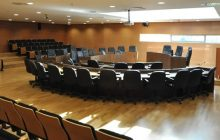 Ν/Σ: τα Δημοτικά Συμβούλια θα αποφασίζουν με τους πραγματικά παρόντες