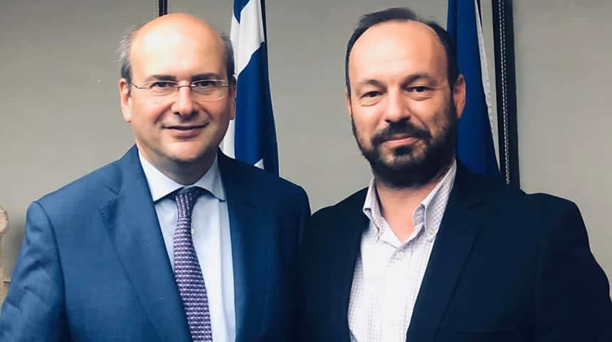 Συνάντηση του Δημάρχου Μουζακίου κ.Φάνη Στάθη με τον υπουργό περιβάλλοντος και ενέργειας κ. Κωστή Χατζηδάκη