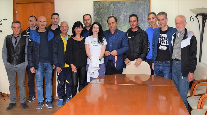 Συνάντηση του Συλλόγου Δρομέων με το Δήμαρχο Καρδίτσας