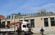 Αντικαθίσταται η στέγη του Δημοτικού σχολείου Καλλιθήρου