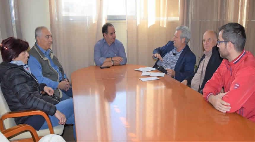 Συνάντηση με τους τοπικούς εκπροσώπους των ΑμεΑ είχε ο Δήμαρχος Καρδίτσας