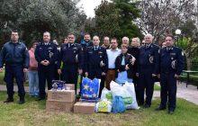 Συνεχίζονται οι κοινωνικές δράσεις της Γενικής Περιφερειακής Αστυνομικής Διεύθυνσης Θεσσαλίας στο πλαίσιο των εορτών των Χριστουγέννων και του Νέου Έτους
