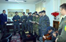 Στρατονομία και «Καραγκούνα» έψαλαν τα κάλαντα στον Αντιπεριφερειάρχη Κ. Νούσιο