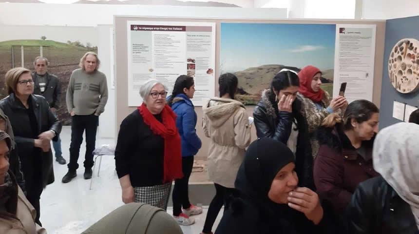 Επίσκεψη στο Αρχαιολογικό Μουσείο Καρδίτσας για γυναίκες πρόσφυγες που φιλοξενούνται στην Καρδίτσα