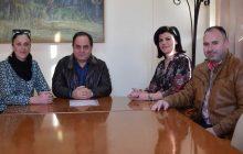 Στο Δήμαρχο Καρδίτσας κ. Β. Τσιάκο οι εκπρόσωποι του Οικισμού Εργατικών Κατοικιών του ΟΑΕΔ