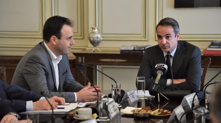 Παπαστεργίου - Μητσοτάκης: Εμπιστοσύνη καισυνεργασία για την Αυτοδιοίκηση