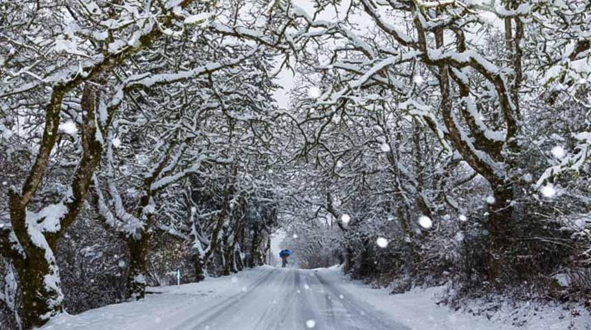 Επιδείνωση του καιρού με ισχυρές βροχές, χιονοπτώσεις και πολύ θυελλώδεις βόρειους ανέμους