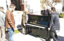 Δωρεά πιάνου στο Δημοτικό Ωδείο του Δήμου Μουζακίου