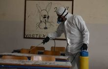 Αντιπρύτανης του ΑΠΘ: Κατασκευασμένος ο κορωνοϊός - Υπάρχει εμβόλιο αλλά το κρύβουν