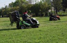 Από την αρμόδια υπηρεσία του Δήμου Καρδίτσας αυξάνεται η προσπάθεια περιποίησης των χώρων πρασίνου