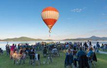 Εναέριος χορός από αερόστατο πάνω από την λίμνη Πλαστήρα.
