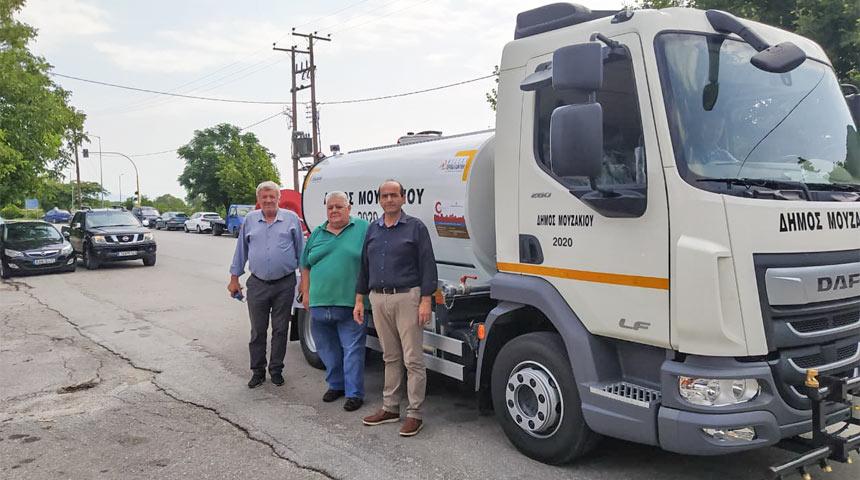 Υδροφόρο όχημα τελευταίας τεχνολογίας απέκτησε ο Δήμος Μουζακίου