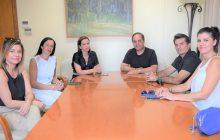 Τον Δήμαρχο Καρδίτσας κ. Β. Τσιάκο επισκέφτηκε η περιφερειακή Δ/ντρια του ΟΑΕΔ κ. Τσιούρβα