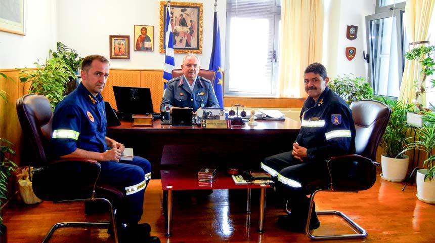 Εθιμοτυπική επίσκεψη του Περιφ/κού Διοικητή Πυροσβεστικών Υπηρεσιών Θεσσαλίας στη Γενική Περιφ/κή Αστυνομική Διεύθυνση Θεσσαλίας