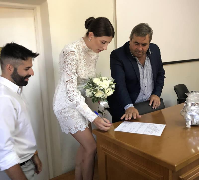 Λαμπερός γάμος στο Δημαρχείο Πύλης