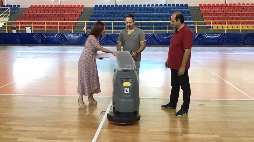 Νέος εξοπλισμός για το κλειστό γυμναστήριο του δήμου Μουζακίου και συνέχιση εργασιών