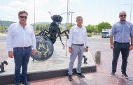 Παραδόθηκε σε κυκλοφορία ο κυκλικός κόμβος της Περιφέρειας Θεσσαλίας στα Φάρσαλα