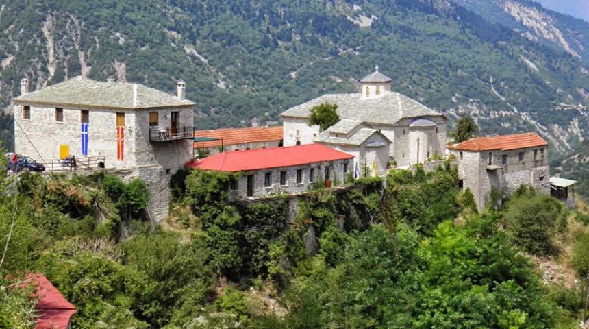 Πανηγυρίζει η Ιερά Μονή Σπηλιάς - Πανηγυρικός Εσπερινός δια την εορτή της Κοιμήσεως της Θεοτόκου