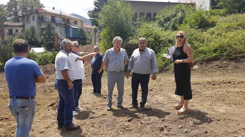 Εργασίες διαμόρφωσης δημοτικού χώρου στην Δημοτική Ενότητα Πινδέων