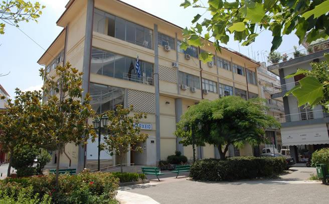 Στην πολεοδομία του Δήμου Καρδίτσας η καταγραφή για τα ετοιμόρροπα κτίρια