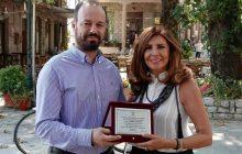 Ο Δήμος Μουζακίου τίμησε την Μιμή Ντενίση ζωντανά στον ΑΝΤ1