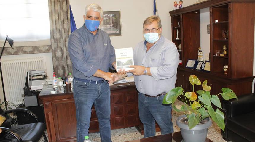 Επίσκεψη στο Δημαρχείο Πύλης του Γ.Γ. της ΚΕΔΕ και πρ. Δημάρχου Πύλου-Νέστορος κ. Καφαντάρη