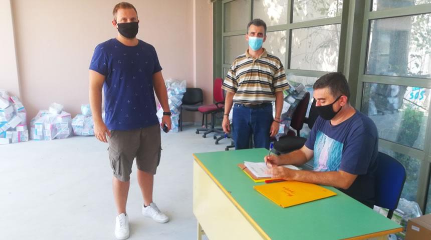 Διανέμονται 89.850 μάσκες στα σχολεία των Τρικάλων