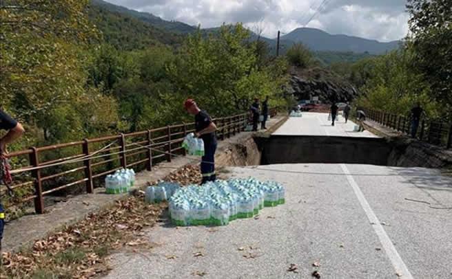 Το Φυσικό Μεταλλικό Νερό ΘΕΟΝΗ στηρίζει το δήμο Μουζακίου από τις καταστροφικές πλημμύρες