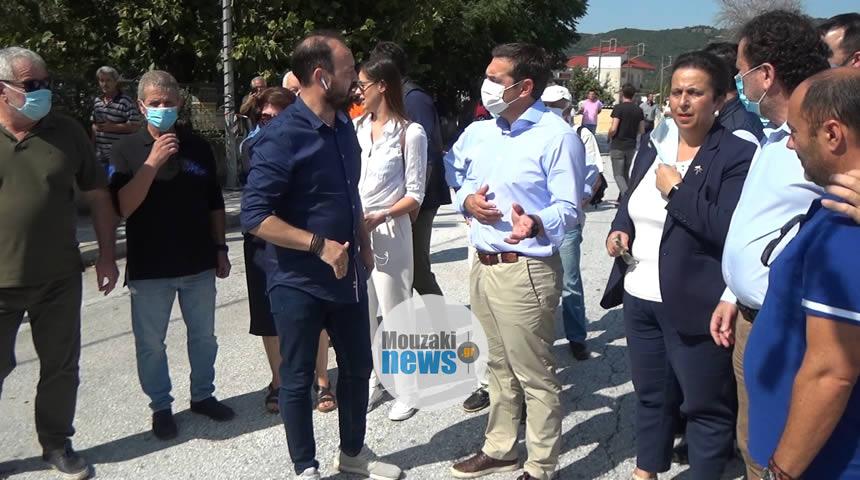 Στην  πληγείσα περιοχή του Μουζακίου ο Αλέξης Τσίπρας (video)