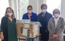 Προσφορά μασκών από την Αντικαρκινική Εταιρεία στο Κέντρο Υγείας Μουζακίου Καρδίτσας