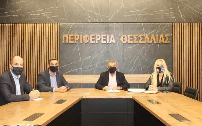 Συμβάσεις 3,3 εκατ. ευρώ υπέγραψε ο Περιφερειάρχης Θεσσαλίας Κ. Αγοραστός