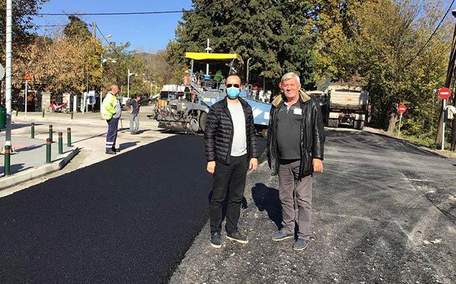 Δήμος Μουζακίου: Ολοκληρώθηκαν οι εργασίες ασφαλτόστρωσης στην κεντρική οδό Αντώνη Βασιλείου (+ΒΙΝΤΕΟ)