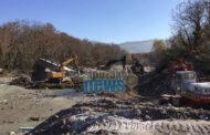 Γκρεμίστηκε ηπαλιά γέφυρα στο Μπαλάνο