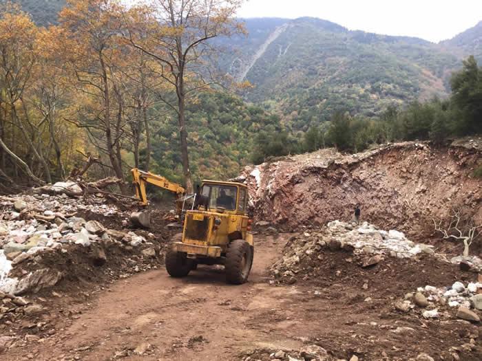 Ο Δήμος Μουζακίου αποκαθιστά την πρόσβαση στο συνοικισμό Μελίσσι της Οξυάς