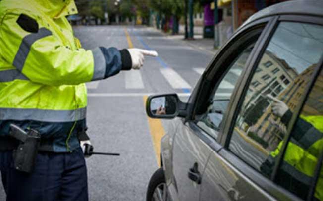 Αυξάνονται τα πρόστιμα για απαγόρευση κυκλοφορίας, μάσκα, SMS στο 13033 και εκτός νομού μετακίνηση