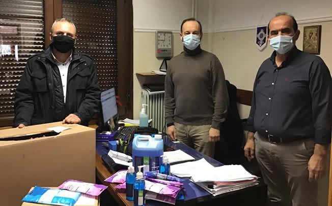 Δωρεά μασκών και αντισηπτικών στον Δήμο Μουζακίου