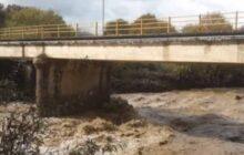Διακοπή κυκλόφορίας όλων των οχημάτων στη γέφυρα του ποταμού Πηνειού